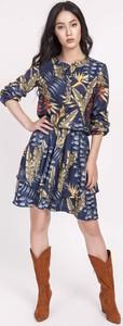 Sukienka Lanti z długim rękawem z okrągłym dekoltem w stylu casual