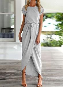 Sukienka Arilook midi z krótkim rękawem z okrągłym dekoltem