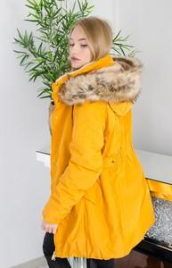 Żółta kurtka Olika w stylu casual