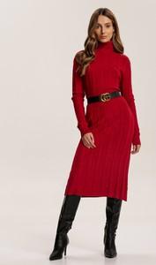 Czerwona sukienka Renee z golfem z długim rękawem