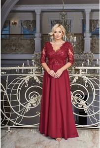 Czerwona sukienka Bosca z dekoltem w kształcie litery v maxi