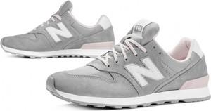 Buty sportowe New Balance z zamszu w sportowym stylu sznurowane
