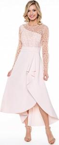 Różowa sukienka L'AF z długim rękawem asymetryczna