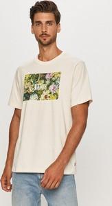 T-shirt Levis z dzianiny w młodzieżowym stylu