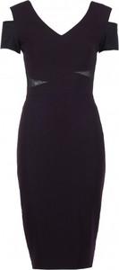 Czarna sukienka VISSAVI mini z dekoltem w kształcie litery v z krótkim rękawem