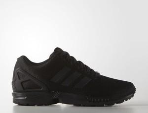 Czarne buty sportowe Adidas Originals w sportowym stylu zx flux
