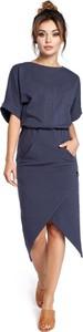 Niebieska sukienka Be midi z krótkim rękawem