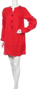 Sukienka Minueto mini z dekoltem w kształcie litery v prosta