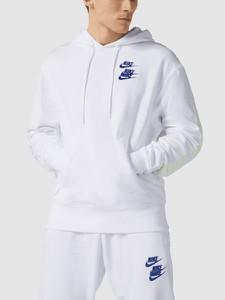 Bluza Nike z nadrukiem w młodzieżowym stylu