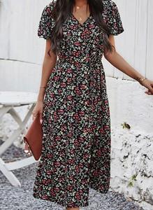 Sukienka Sandbella z krótkim rękawem midi z dekoltem w kształcie litery v