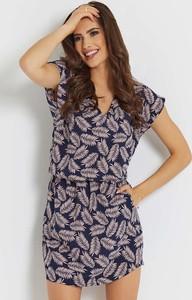 Sukienka Ivon z krótkim rękawem mini prosta