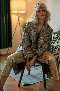 Płaszcz Supeł w stylu casual z żakardu