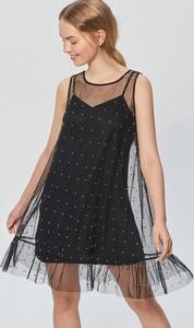 Sukienka Cropp w rockowym stylu mini z okrągłym dekoltem