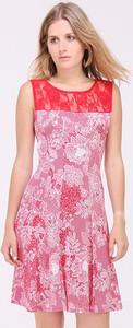 Sukienka Revd'elle z okrągłym dekoltem rozkloszowana bez rękawów