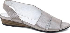 Srebrne sandały Lanqier z zamszu w stylu casual