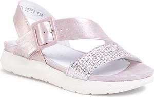 Różowe sandały eobuwie.pl w stylu casual na niskim obcasie na koturnie