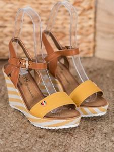 Sandały Czasnabuty na wysokim obcasie z klamrami