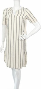 Sukienka Loreak Mendian z krótkim rękawem w stylu casual