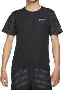 T-shirt Nike w sportowym stylu z dzianiny
