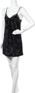 Czarna sukienka Valege mini
