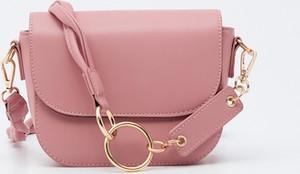 Różowa torebka Sinsay mała matowa