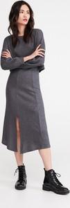 Granatowa spódnica Reserved