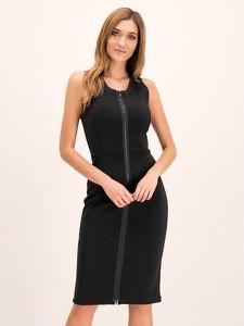 Czarna sukienka Emporio Armani z okrągłym dekoltem bez rękawów