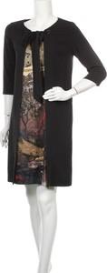 Sukienka Bleu Blanc Rouge z długim rękawem z okrągłym dekoltem prosta