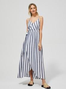 Sukienka Moodo maxi w stylu casual na ramiączkach