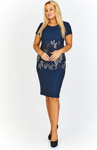 Sukienka Fokus midi z długim rękawem dopasowana