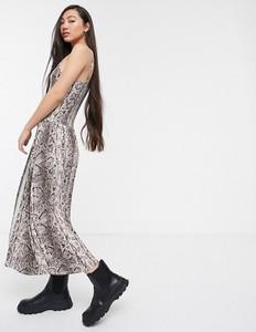 Sukienka Soaked in Luxury na ramiączkach ze skóry maxi