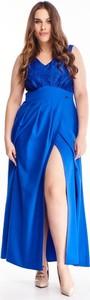 Sukienka N/A z dekoltem w kształcie litery v