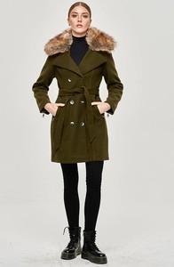 Zielony płaszcz Goodlookin.pl w stylu casual