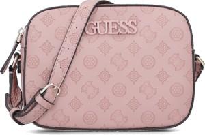 Różowa torebka Guess w stylu casual