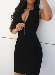 Czarna sukienka Sandbella mini z dresówki