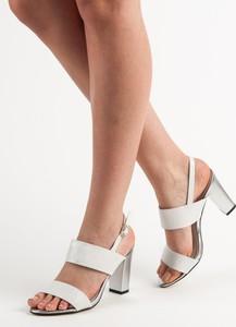 5844c885737e8 białe sandały na obcasie. - stylowo i modnie z Allani