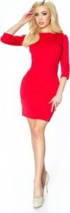 Sukienka Pawelczyk24.pl z długim rękawem dopasowana z okrągłym dekoltem