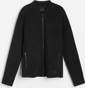 Czarny sweter Reserved z dzianiny w stylu casual