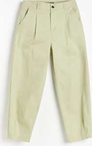 Zielone spodnie Reserved z bawełny