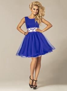52b8d1b3c3 Niebieska sukienka Marselini rozkloszowana z okrągłym dekoltem