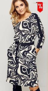 Sukienka Kaskada z długim rękawem w stylu casual