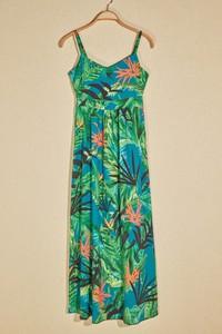 Sukienka Trendyol na ramiączkach w stylu casual