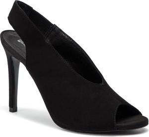 0b1025536883a białe sandały gino rossi. - stylowo i modnie z Allani