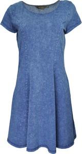 Niebieska sukienka New Look z jeansu mini rozkloszowana
