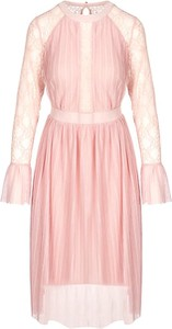 Różowa sukienka TOVA z długim rękawem