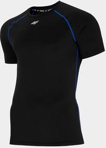 Czarny t-shirt 4F z krótkim rękawem w sportowym stylu