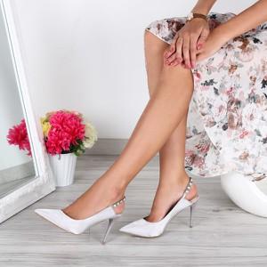 Srebrne sandały Royalfashion.pl w stylu klasycznym