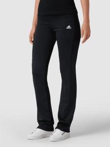 Czarne spodnie Adidas Performance w sportowym stylu