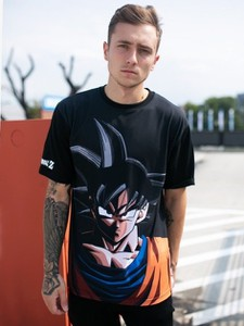 Czarny t-shirt Dragon Ball z nadrukiem