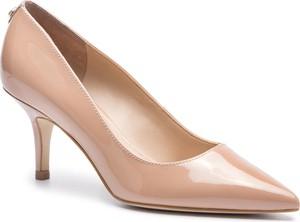 Różowe czółenka Guess w stylu glamour ze skóry ekologicznej